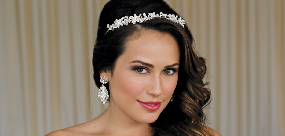 Wedding Makeup Tips At Home : Bridal Beauty Tips for Your Wedding Day
