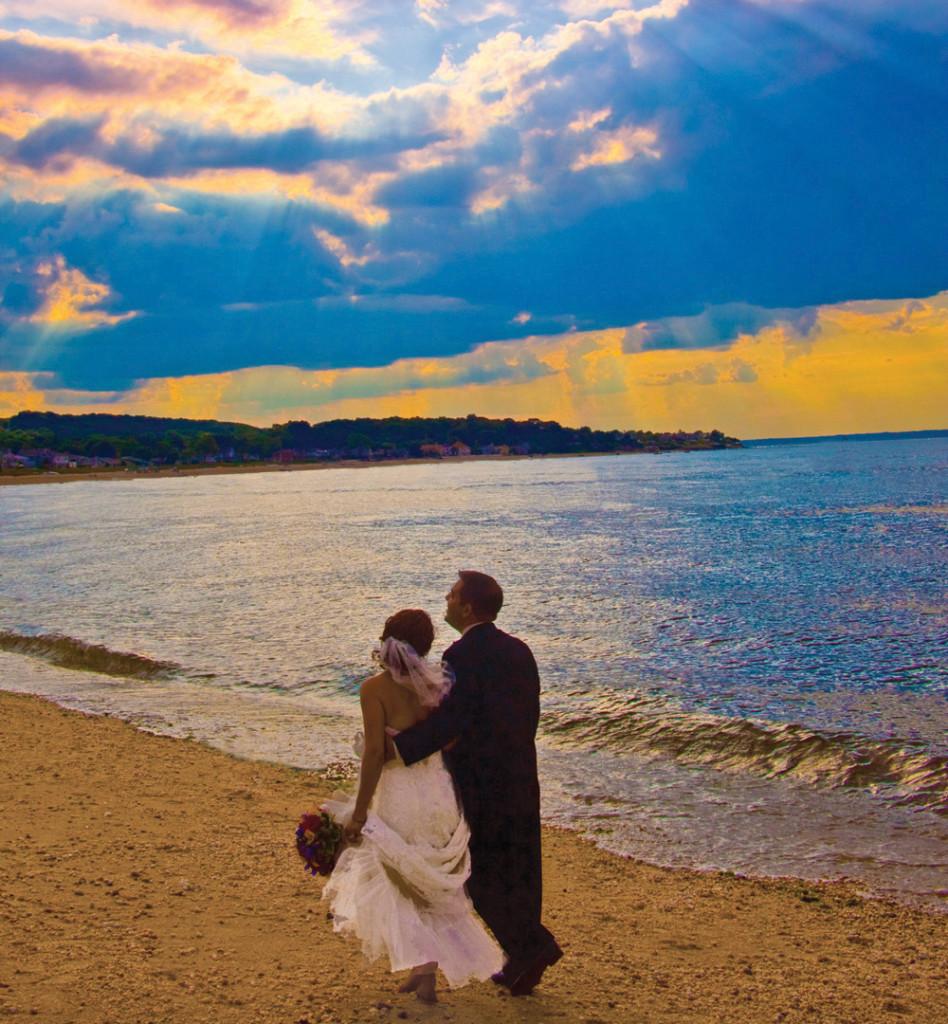 The Crescent Beach Club, Wedding Day