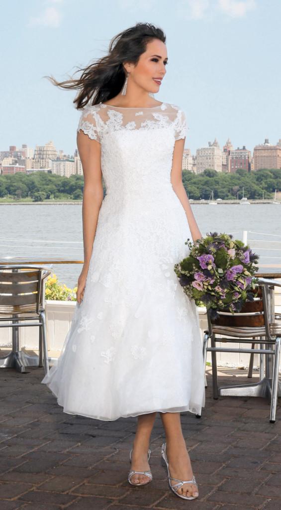 Bridal Gown Salon David\'s Bridal in NYC