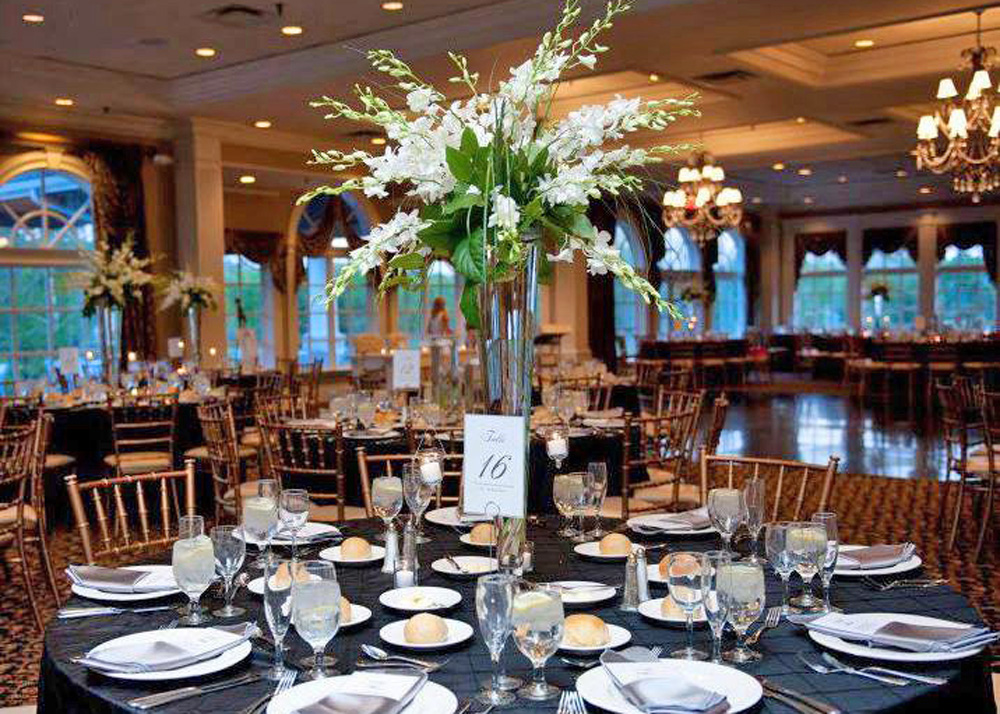 Falkirk Estate and Country Club, Ballroom Elegance