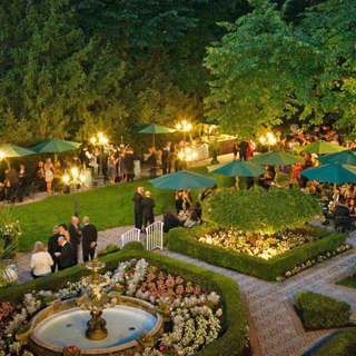 Wedding venues castles estates hotels gardens in ny nj for Outdoor wedding venues ny
