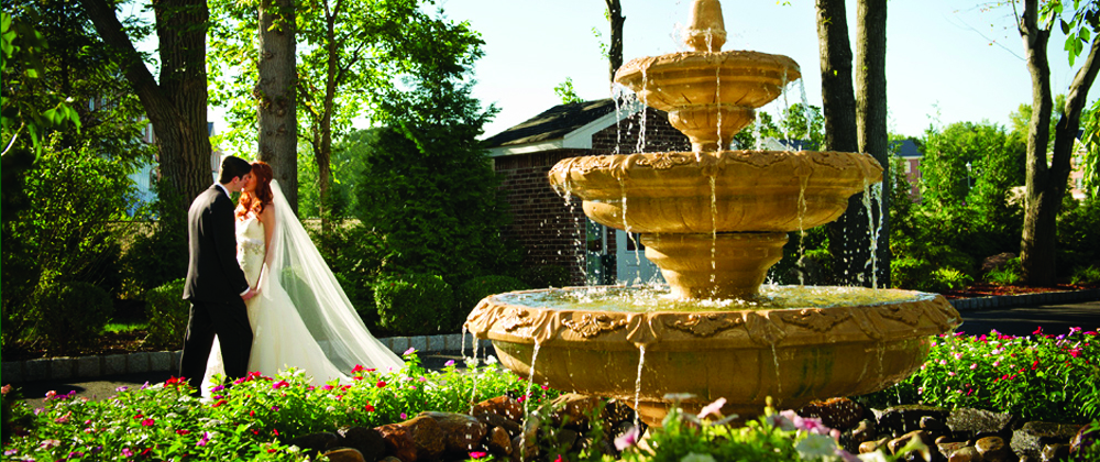 The Rockleigh, Fountains and Gardens