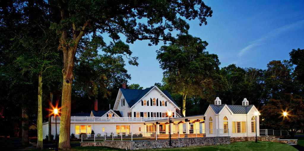 The Ryland Inn, Twilight
