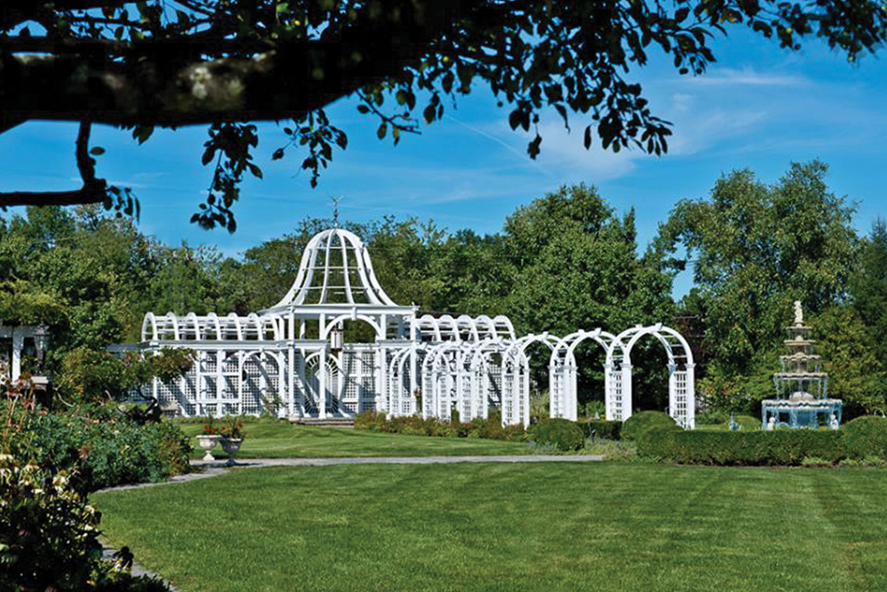Birchwood Manor, Pergola Ceremony