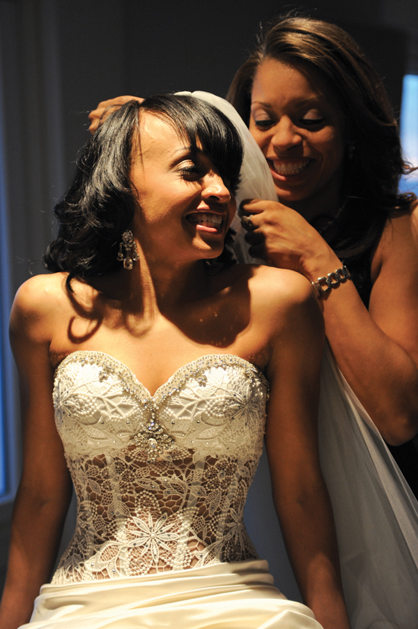 Flore Events, Wedding Planners, The Bride Gets Ready (John Bayley Photography)