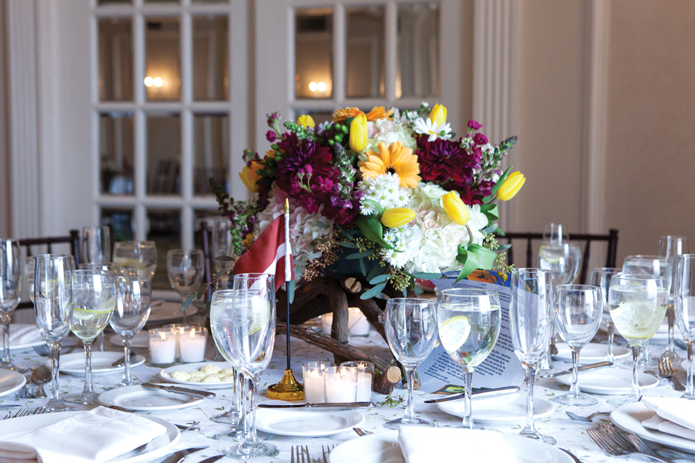 Flore Events, Unique Family-Styled Centerpieces (Jorge Garcia Photography)