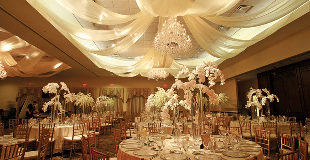Northern Valley Affairs, Elegant Tented Reception (photo: Natural Expressions NY)