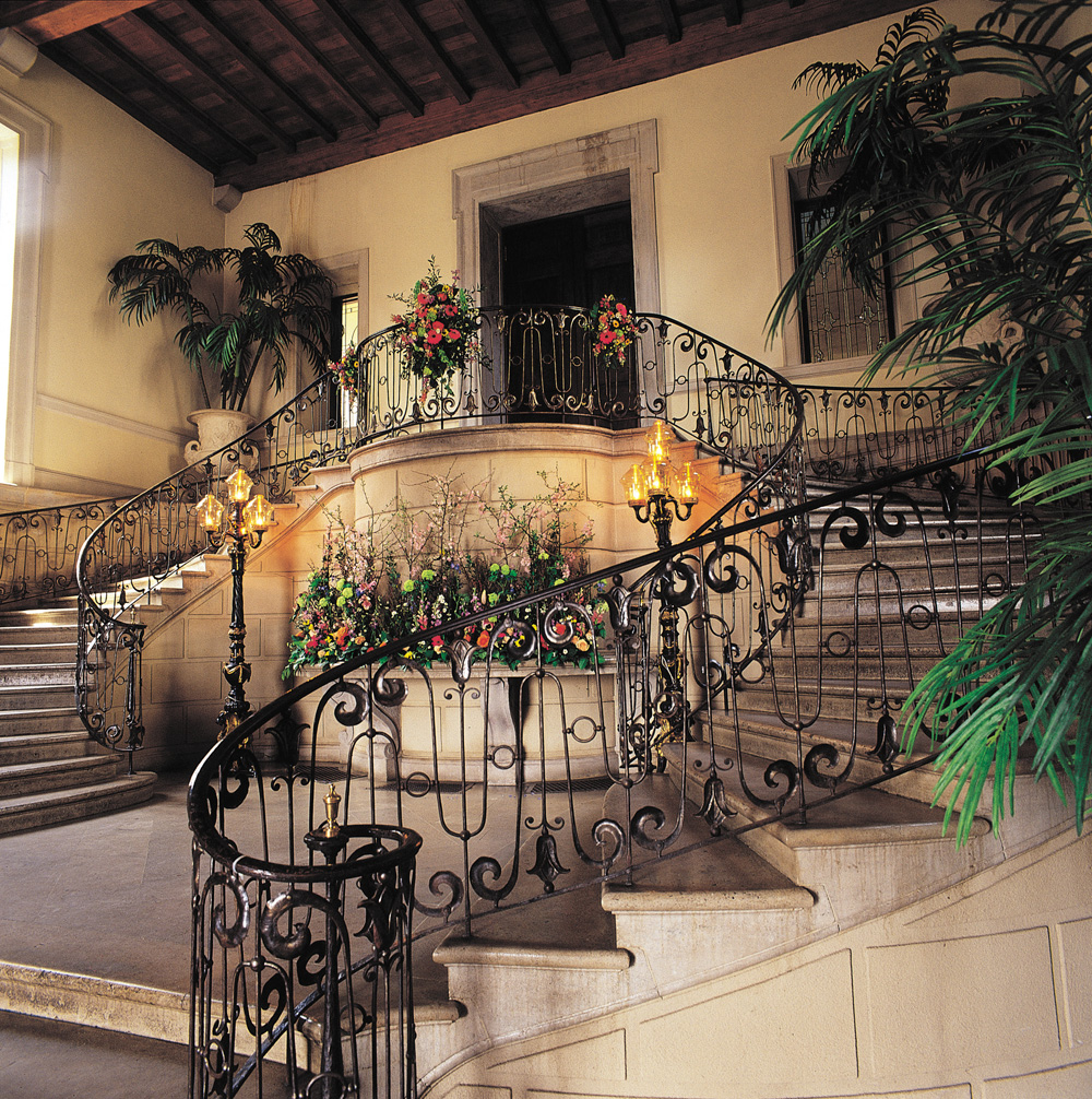 Oheka Castle, Grand Stairway Entrance