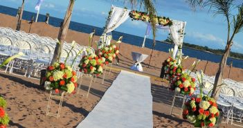 The Vanderbilt at South Beach, Ceremony in the Sand