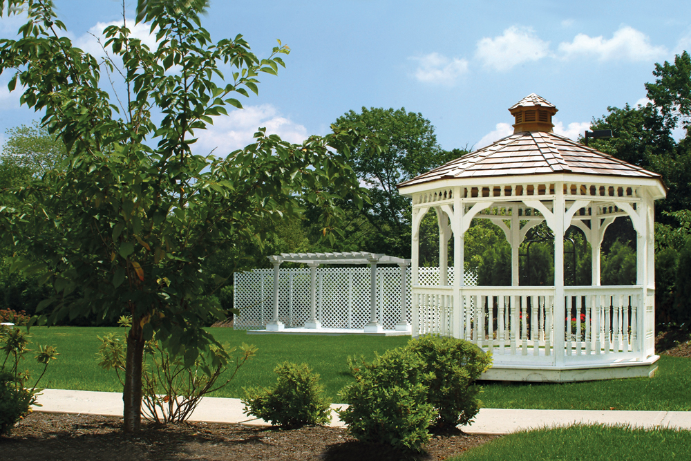 The Wilshire Grand Hotel, Outdoor Gazebo