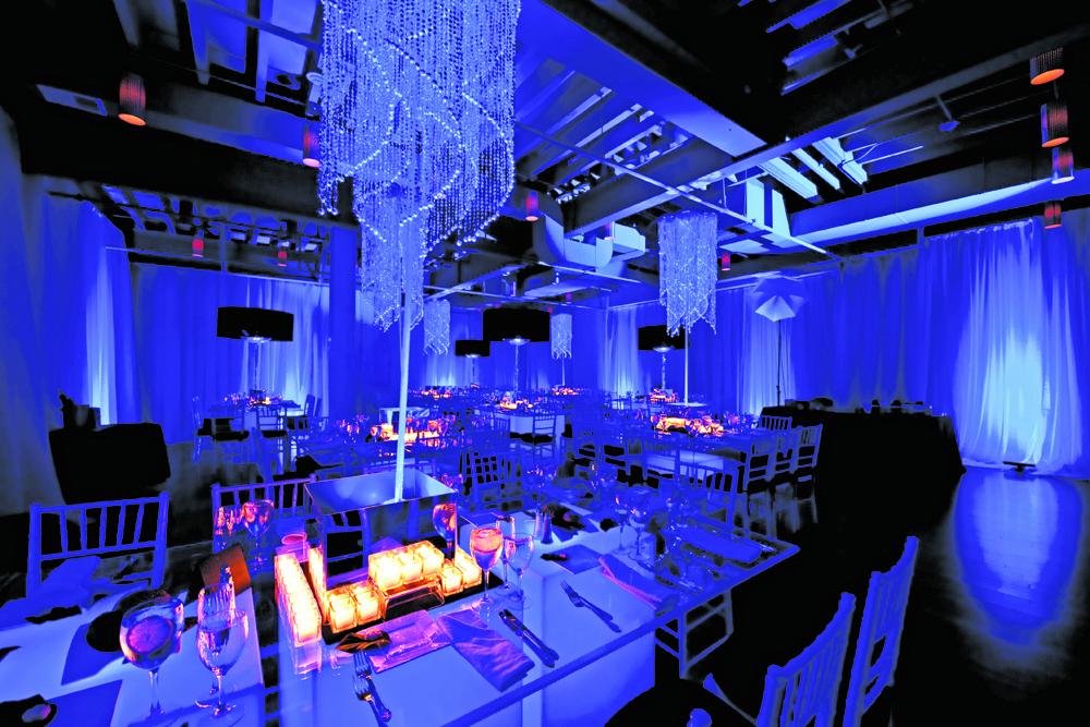 The Wilshire Grand Hotel, Nightclub Lighting