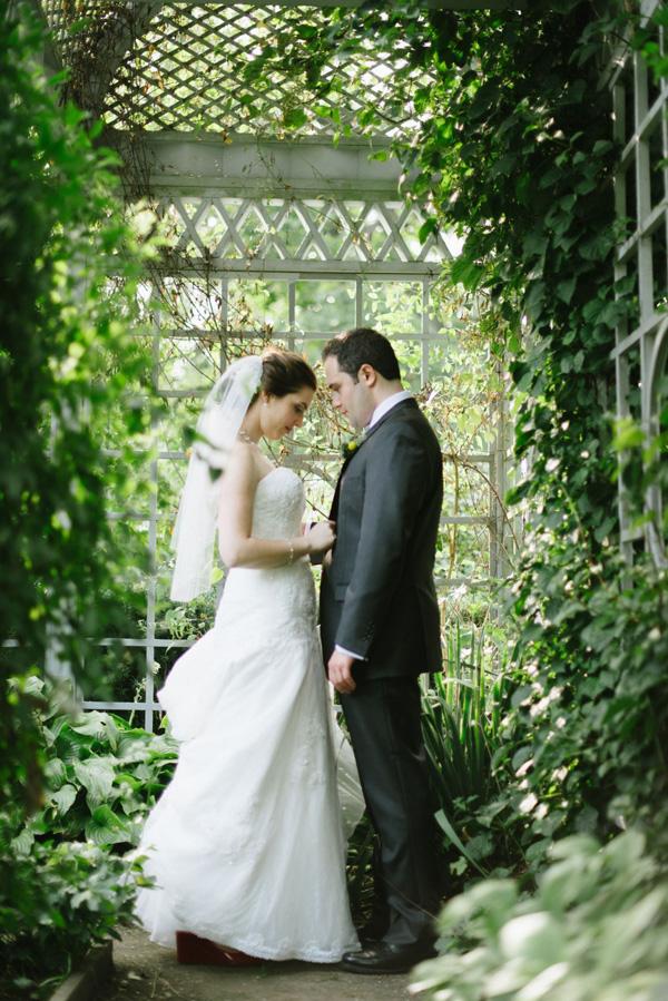 Celebrate at Snug Harbor, Garden Romance (Paul Francis Photography)
