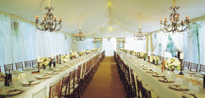 Colin Cowie, a tented reception (photo: Nadine Froger)