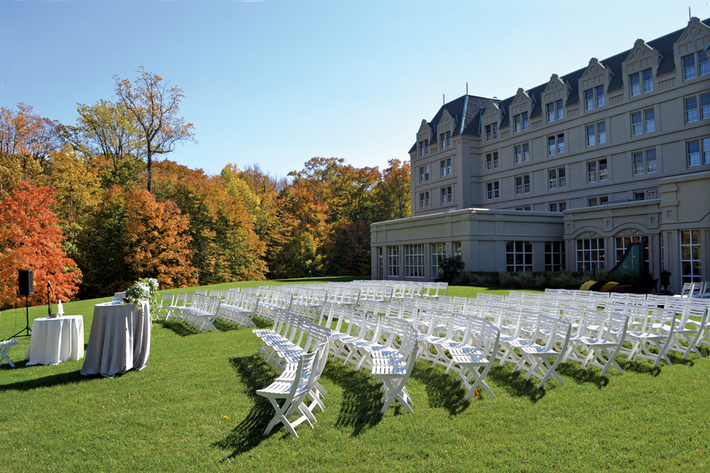 Hilton Pearl River, outdoor ceremony
