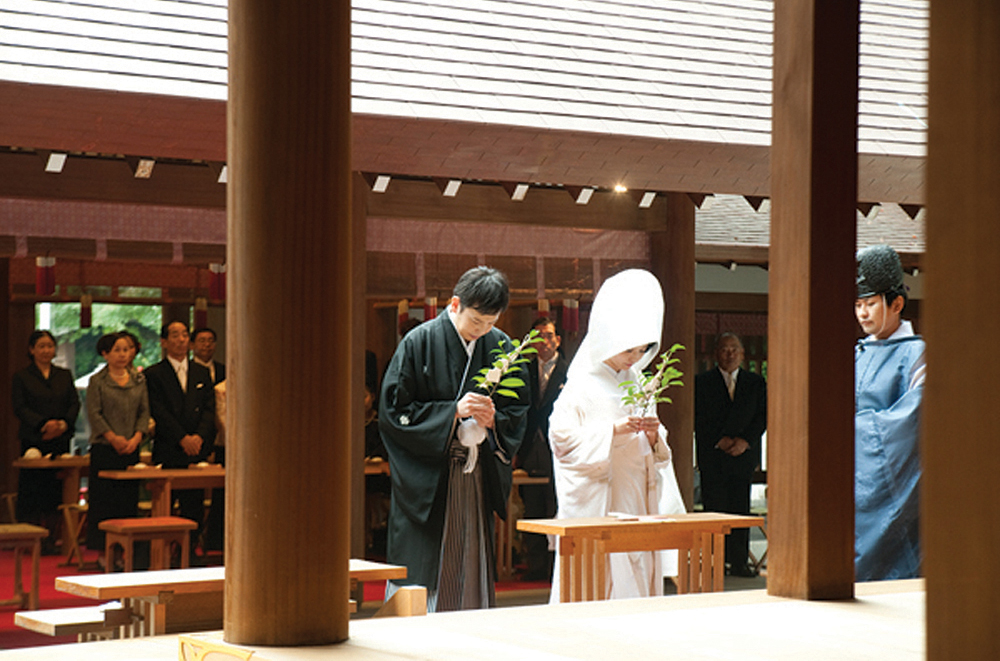 Japanese wedding traditions: Tamagishi-houten