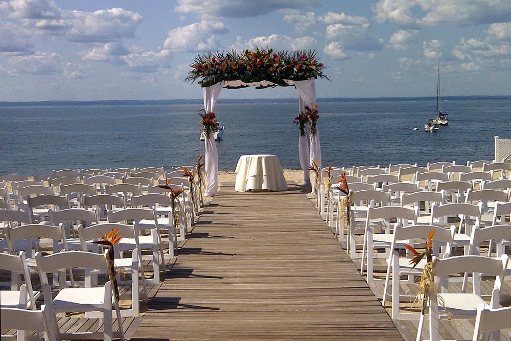 Crescent Beach Club, Seaside Ceremony