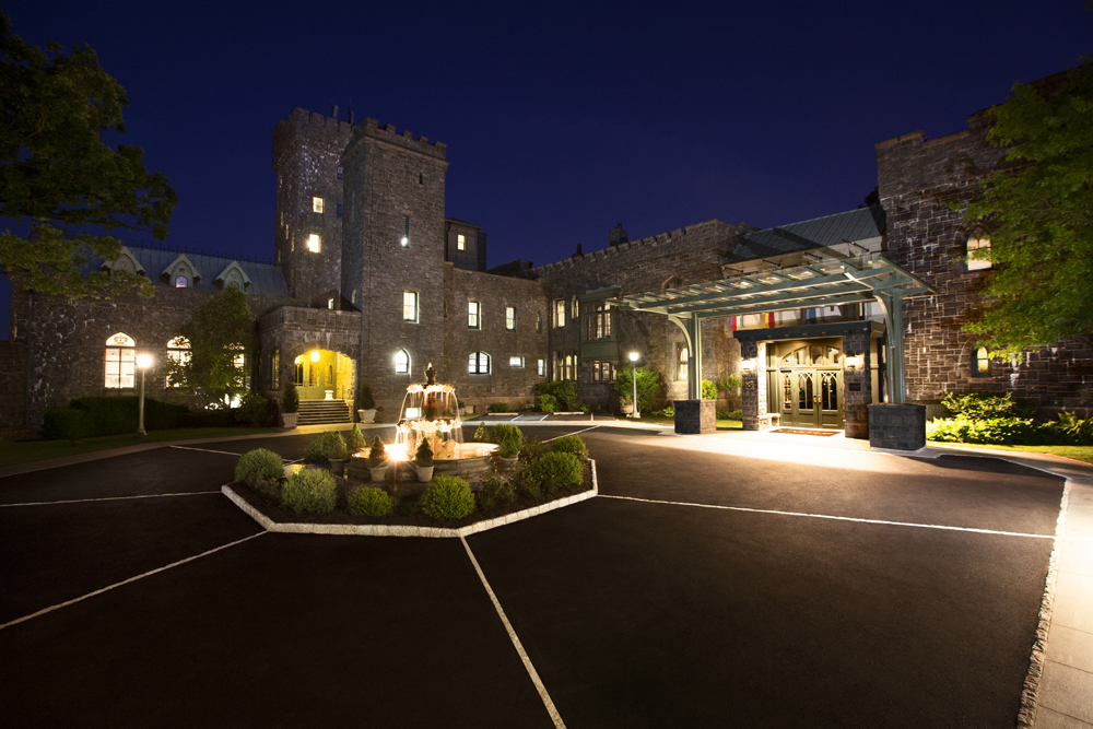 Castle Hotel & Spa, entrance