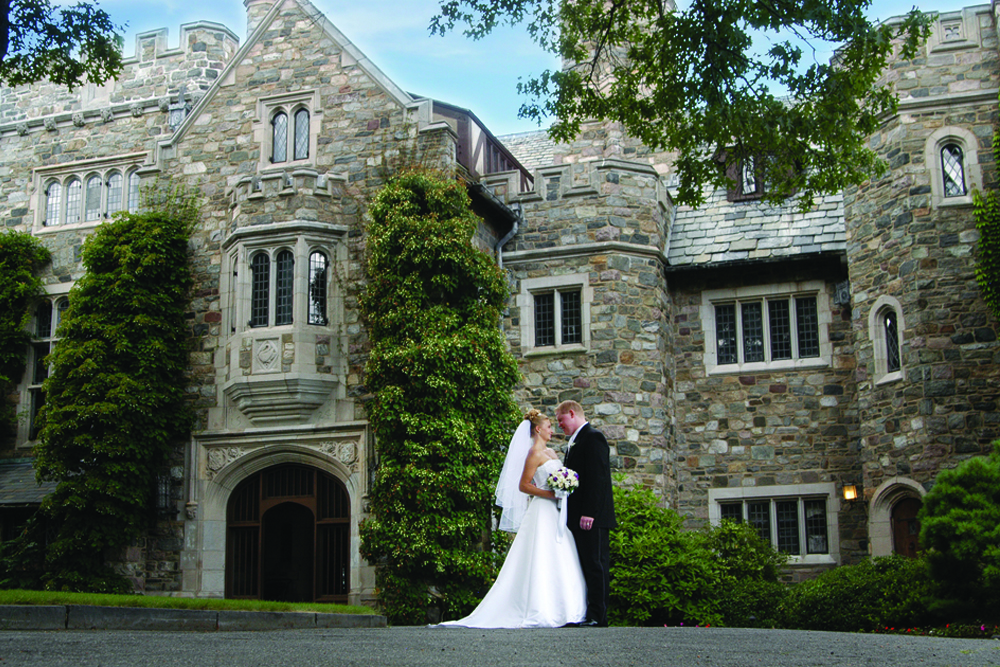 The Skylands Manor, romantic castle ambiance (photo: Joe Church, Jr.)