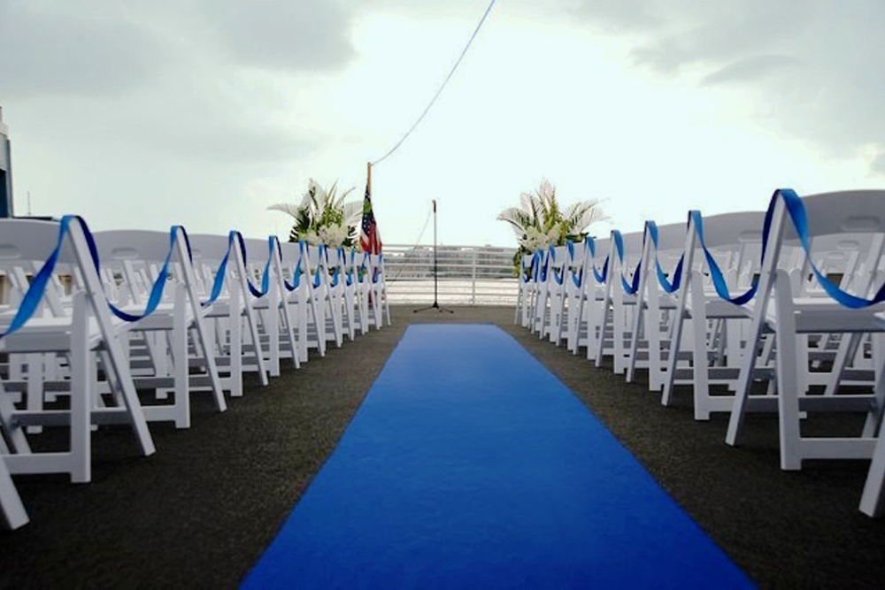 Smooth Sailing, outdoor ceremony