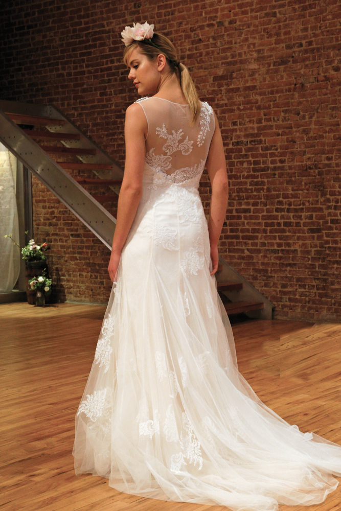 Bridal Gowns at David'...