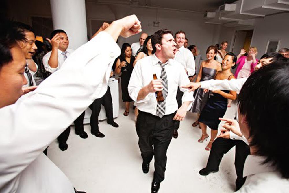 "Eric Visa DJ, ""On the Dancefloor"""