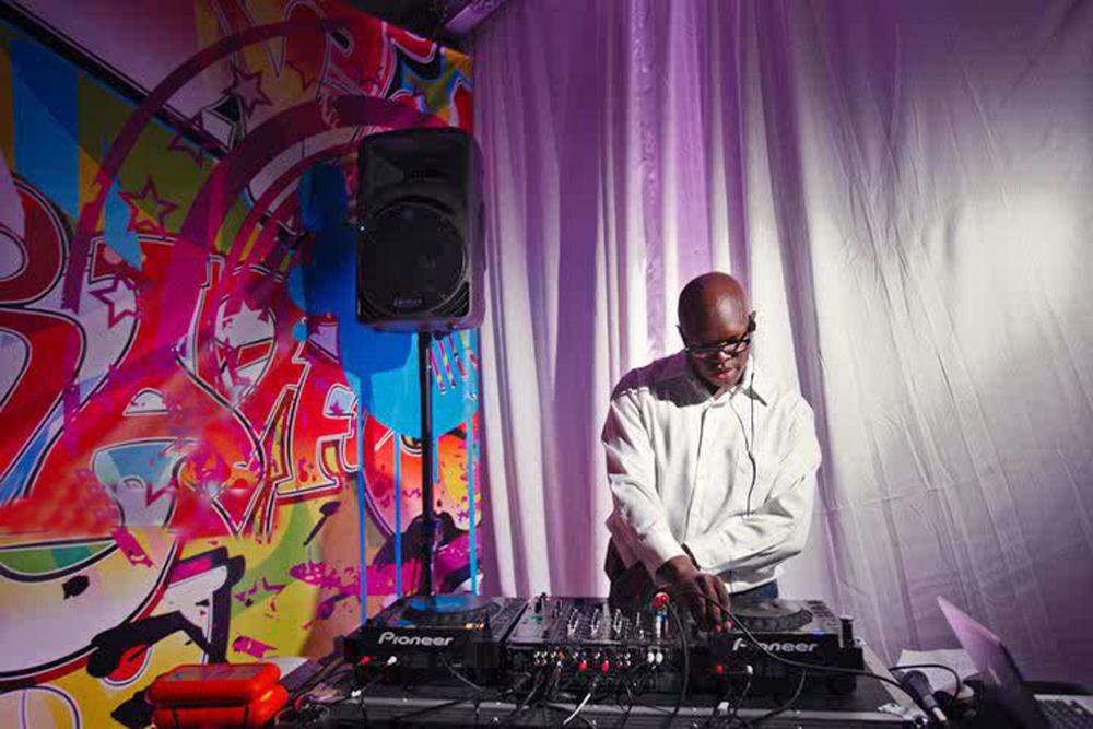 Eric Visa, NYC DJ (Matt Blum Photography)