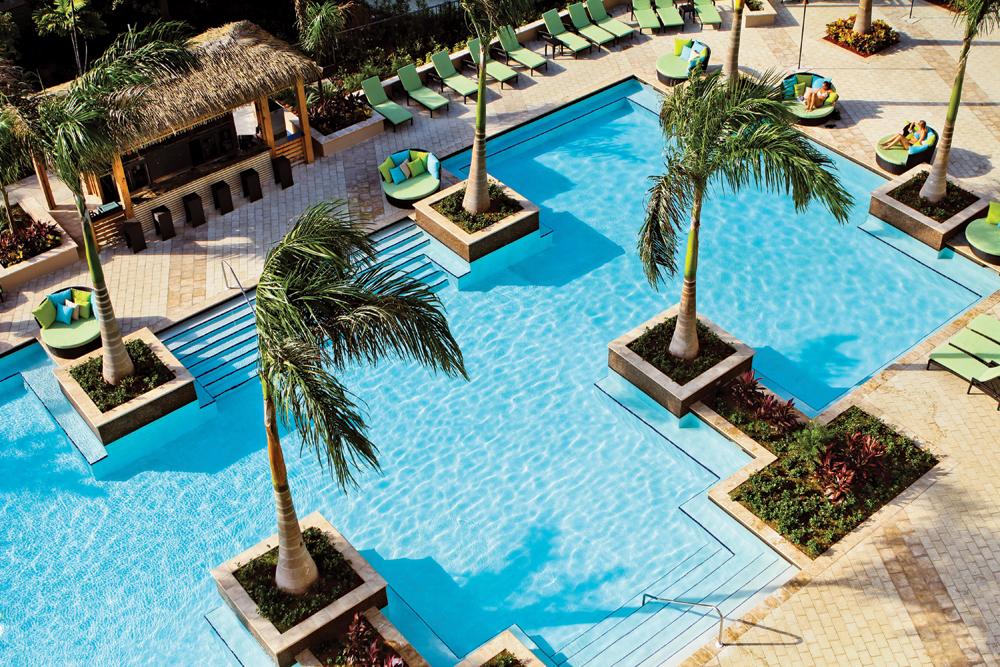 HoneymoonWnrs31 Aruba-pool
