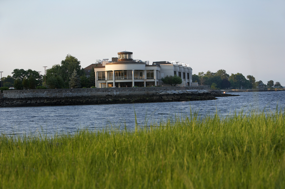 Glen Island Harbour Club