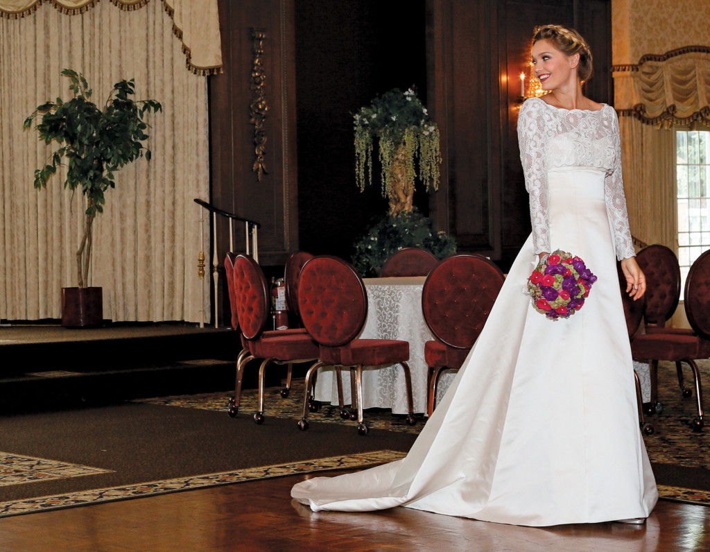 Gown: The Steven Birnbaum Collection (Theresa, $3,300)