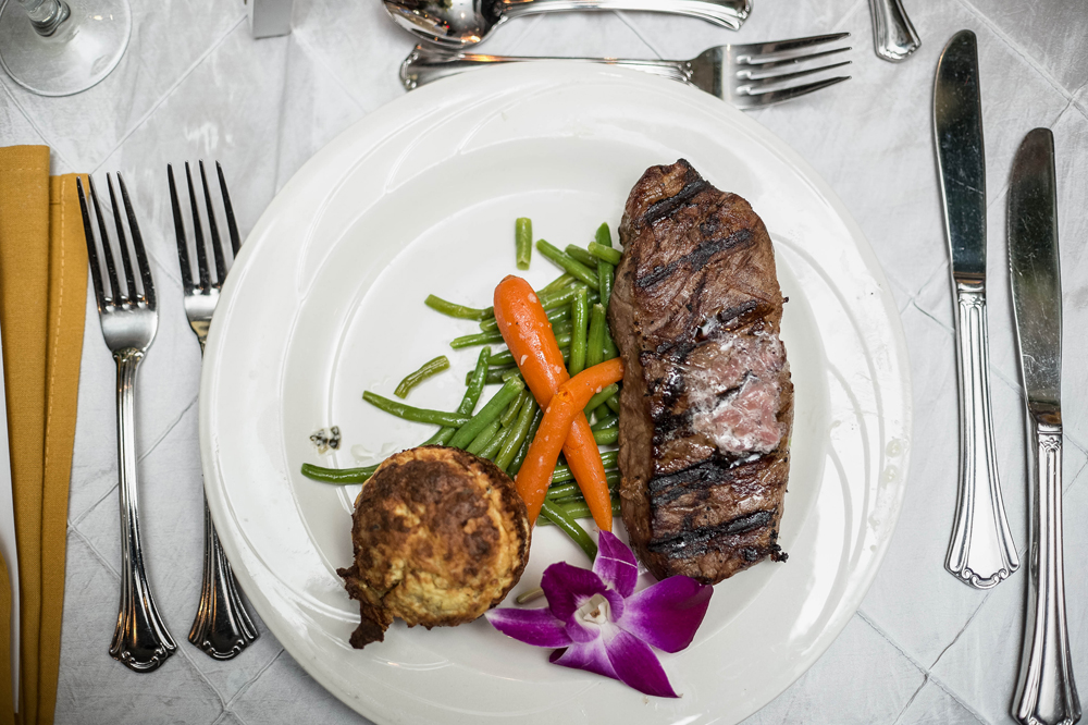 Grand Oaks Country Club, Entree (Unforgettable Expressions Photography)