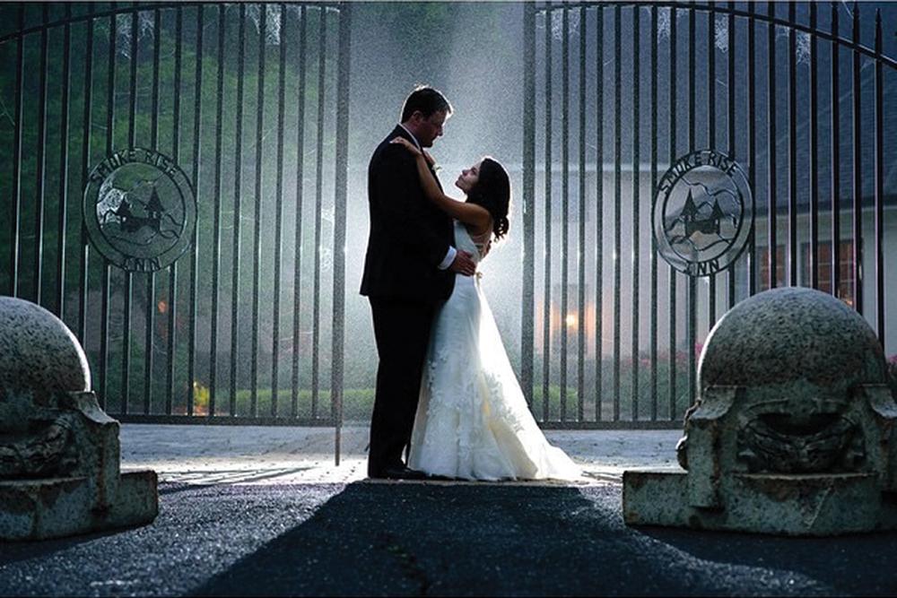 Smoke Rise Village Inn Historic Keys To Wedding Success