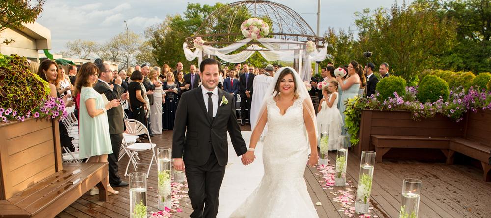 Vanderbilt, just married (Funico Studios Photography)