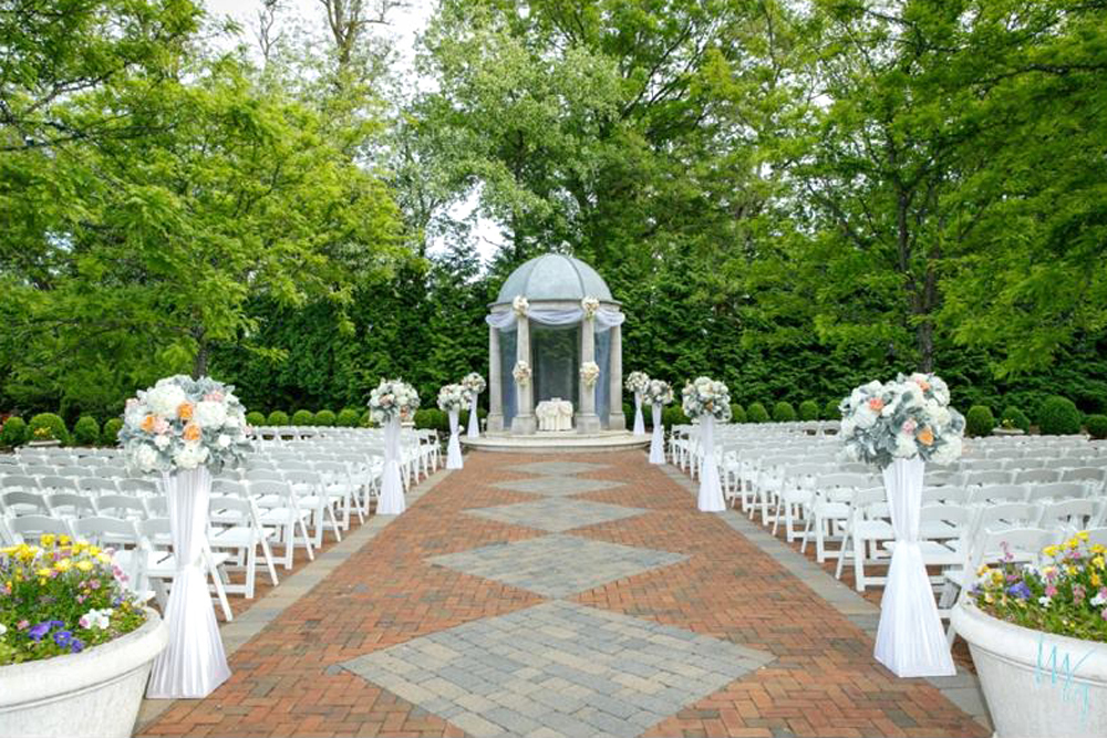 The Estate at Florentine Gardens, Outdoor Ceremony Space