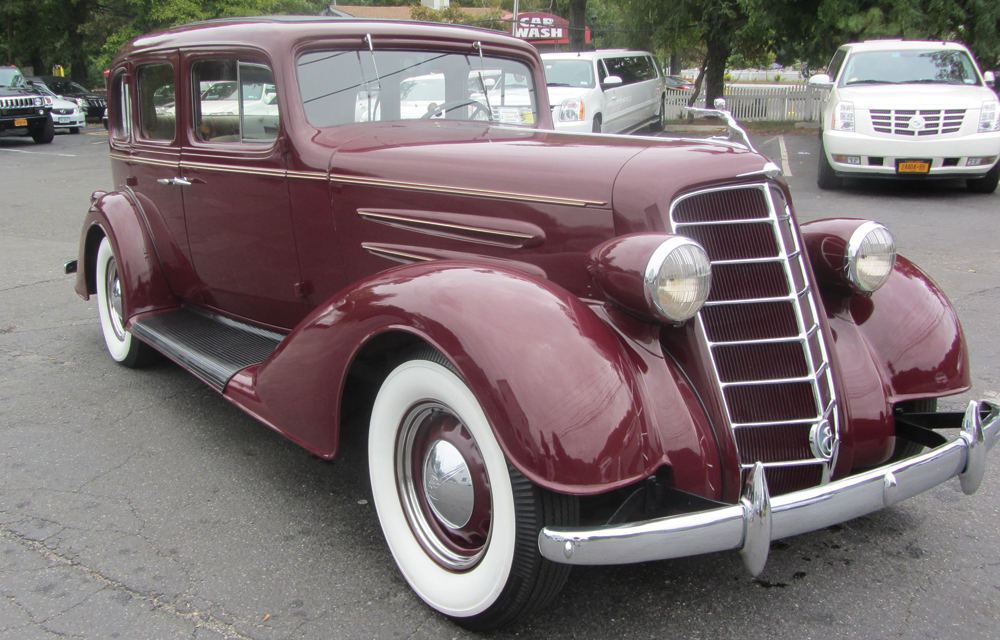 M&V Limousines, 1934 Oldsmobile 8 Limousine Royal Burgundy