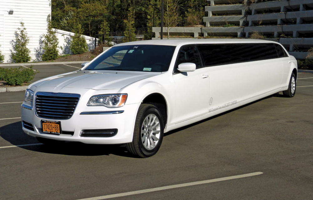 M&V Limousines, New Chrysler 300 12 passenger