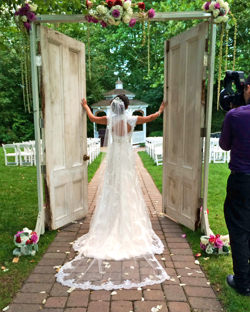 Grain House, Lawn Wedding