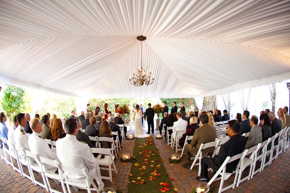 Grain House, Tent Ceremony (Kris Rupp Photography)