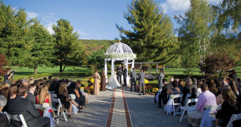 Falkirk Estate & Country Club, the ceremony for Alexa & Russ (Allen E. Levine Photography)