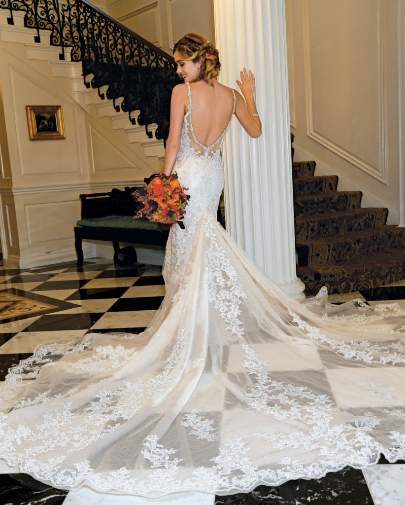 Wedding Gowns In Nyc: Bridal Gowns At Glen Cove Mansion In Long Island, New York