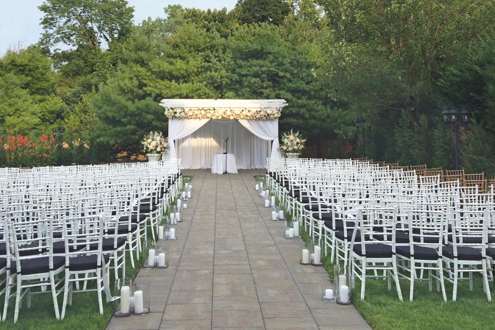 Wilshire Grand Hotel, Outdoor Ceremony