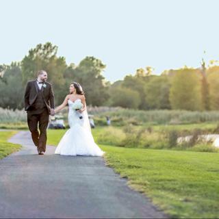 Weddings with Rustic Elegance
