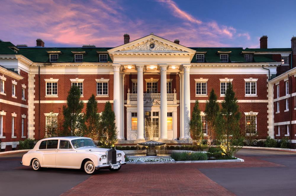 Bourne Mansion, Entrance
