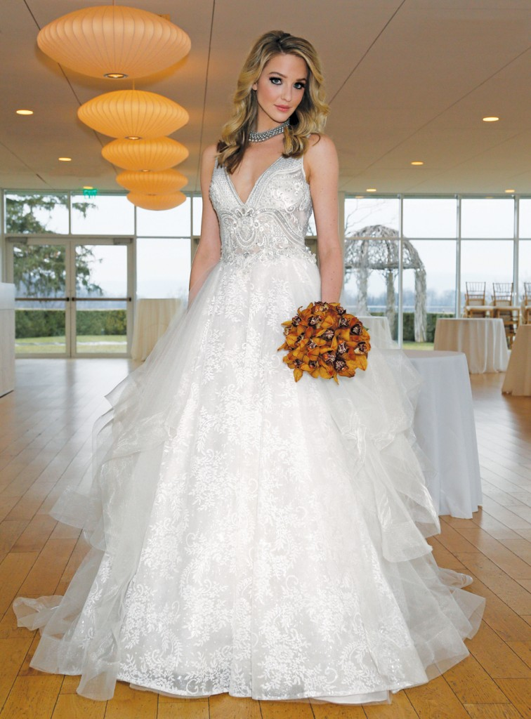 Gown: Eve of Milady (1583), Flowers: Mitch Kolby Events