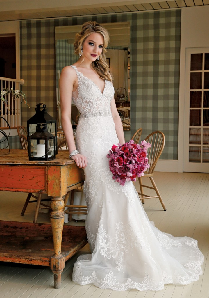 Gown: Eve of Milady (348), PMK Floral Arts