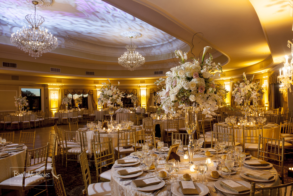 oheka castle with garden setting wedding venue in ny