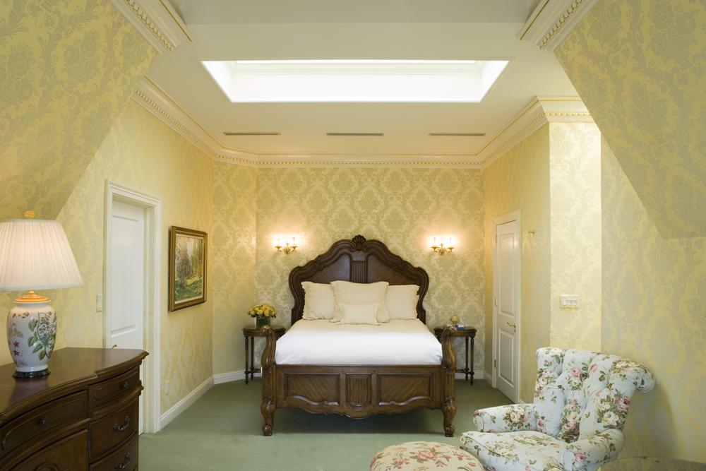 Oheka Castle, The Fairbanks Suite (Photo: E. Kaufman)