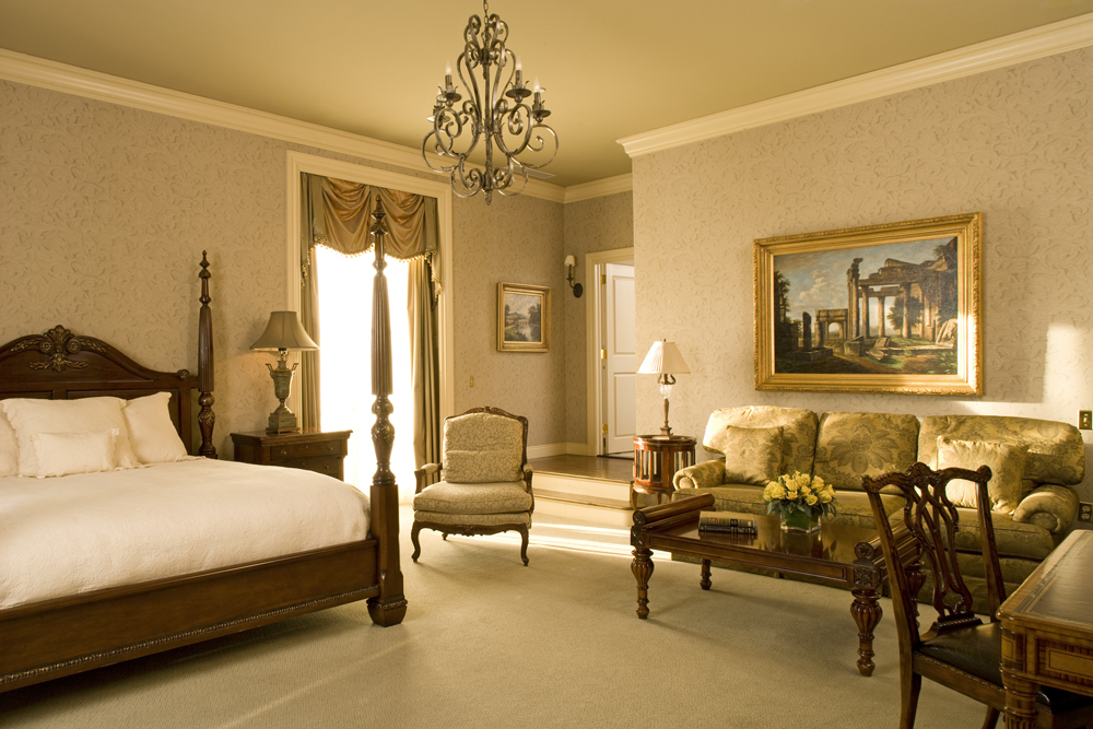 Oheka Castle, The Gatsby Suite (Photo: E. Kaufman)