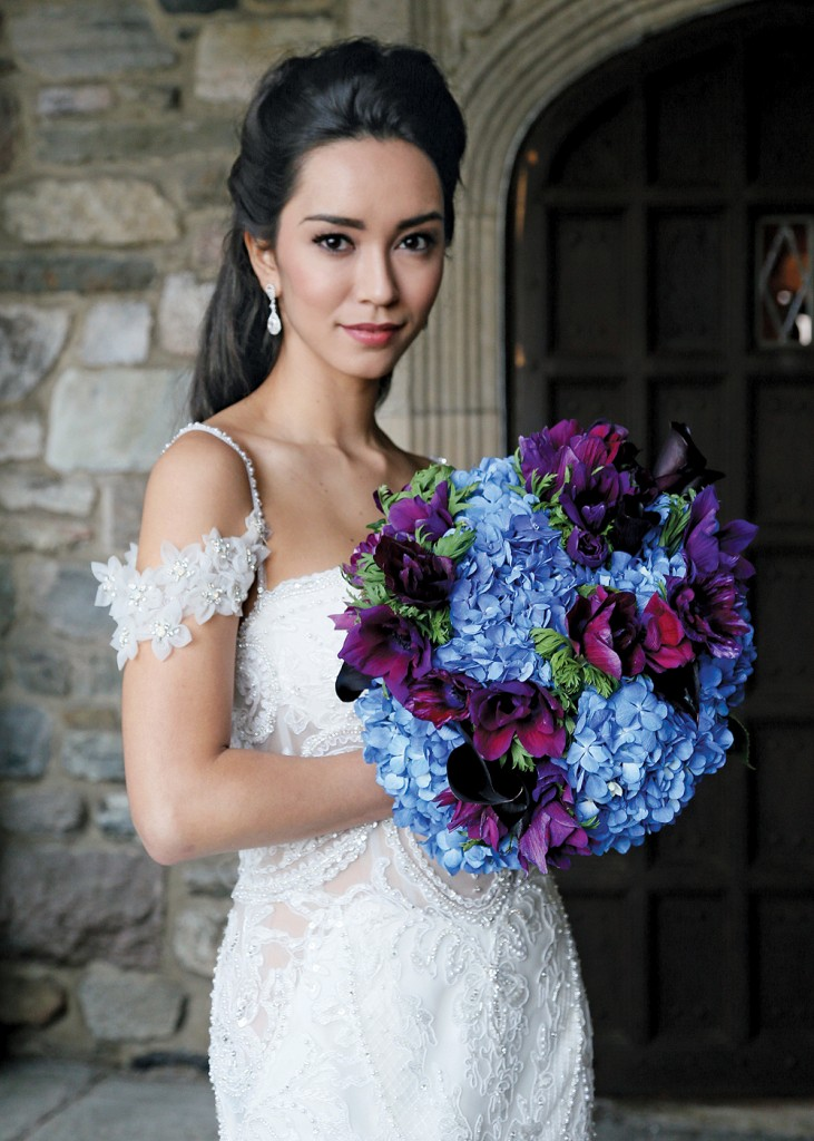 Bouquet: PMK Floral Arts. Gown: Eve of Milady (#346)