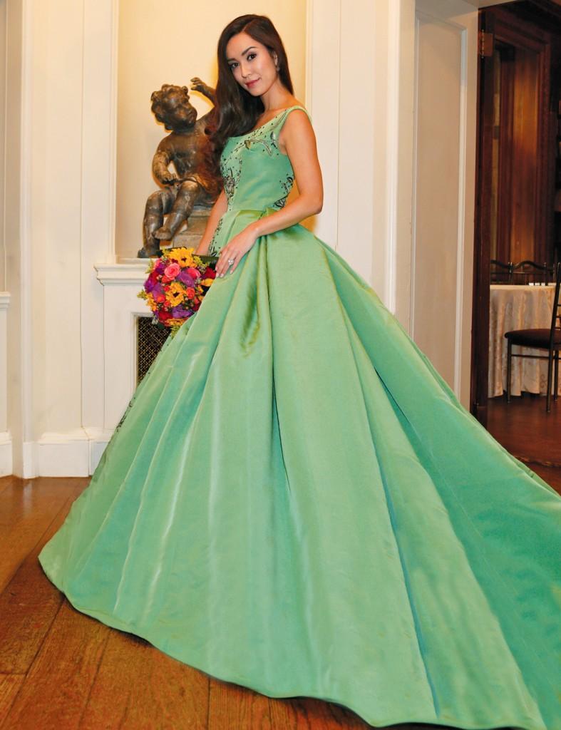 Gown: Lucia Rodriguez (LE8410, $8200), PMK Floral Arts
