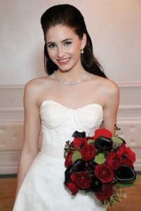 Gown: Yumi Katsura (Dasha, $3900), Ariston Flowers